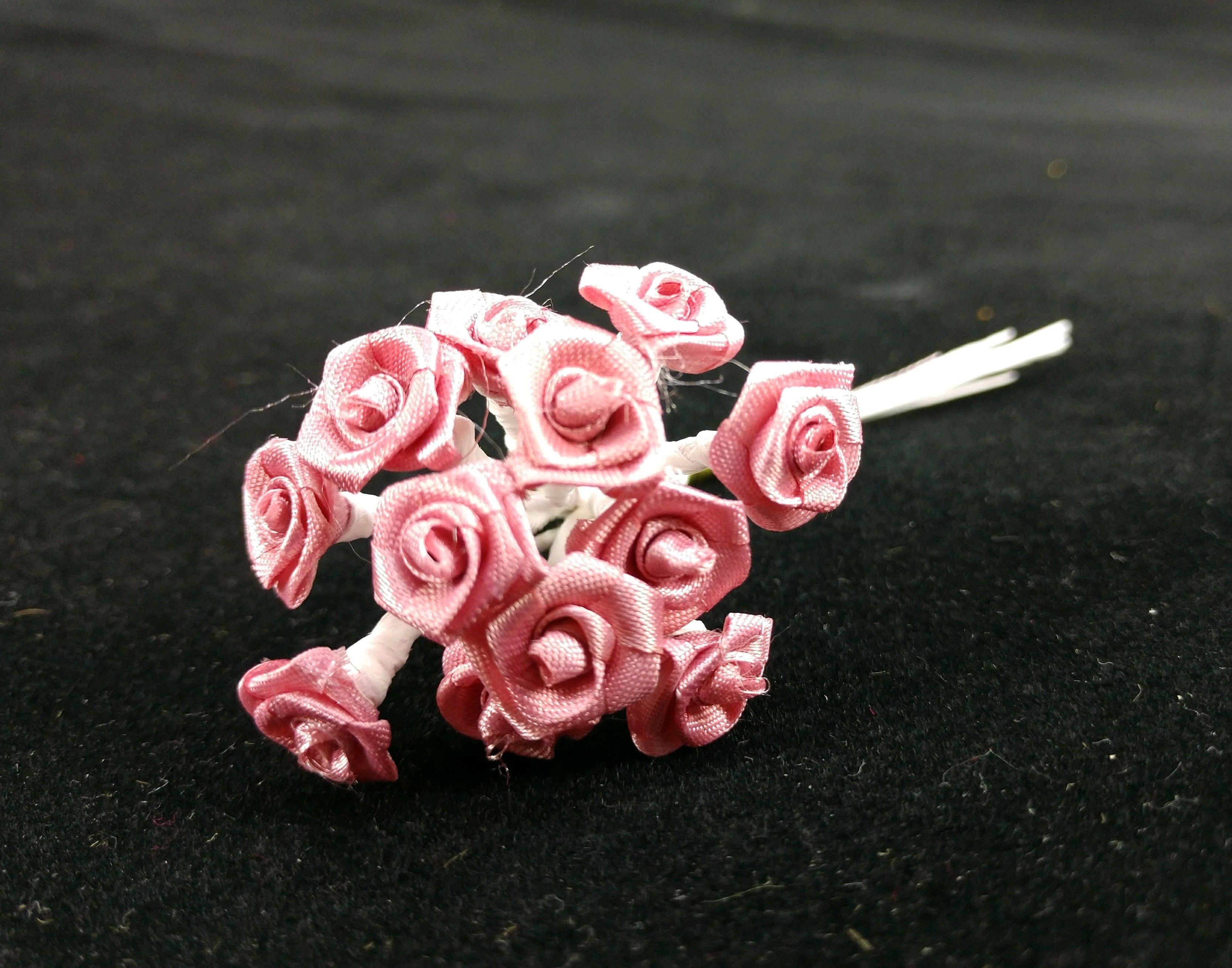 Bridal Flowers, Medium Ribbon Roses