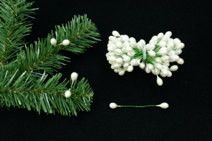 Pearl Twist On Artificial Holly Berries, 9MM x 12MM (lot of 1 bunch) SALE ITEM